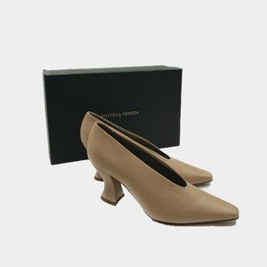 Bottega Veneta Almond Leather Pump